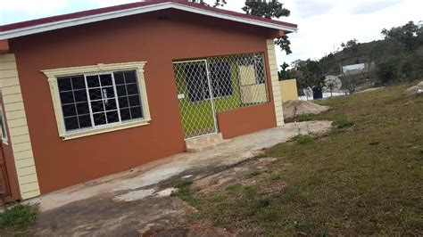 3 bedroom 2 bathroom house on 1 2 acre lot for sale in
