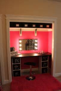 Makeup Vanity For Small Room Best 25 Closet Vanity Ideas On Necklace