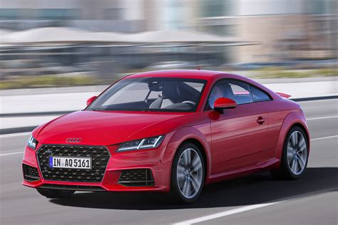 audi tt facelifted coupe  roadster revealed