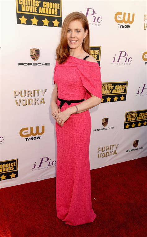 american favorite 16 facts about amy adams word and film photos critics choice awards best dressed margot