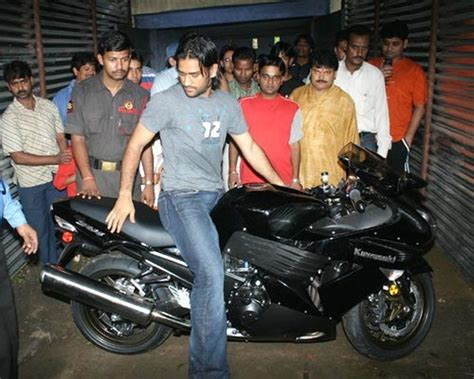 photos of cars and bikes bikes and cars of ms dhoni gt gt dhoni s bike collection and