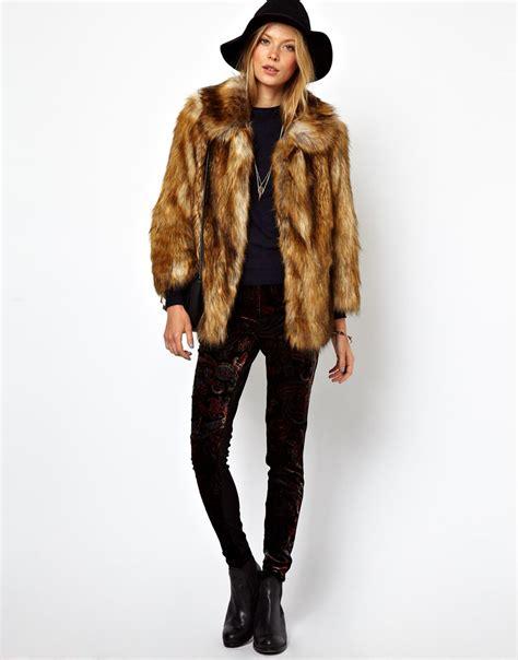 Diddy Makes Fashion Faux Pas With Fur Jacket by Manteau Fausse Fourrure Femme Photos De Robes