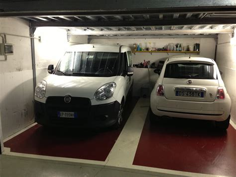piastrelle per box auto pavimentazione garage lotus and light cars club