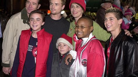 bryan cranston malcolm in the middle malcolm in the middle reunion www imgkid the image