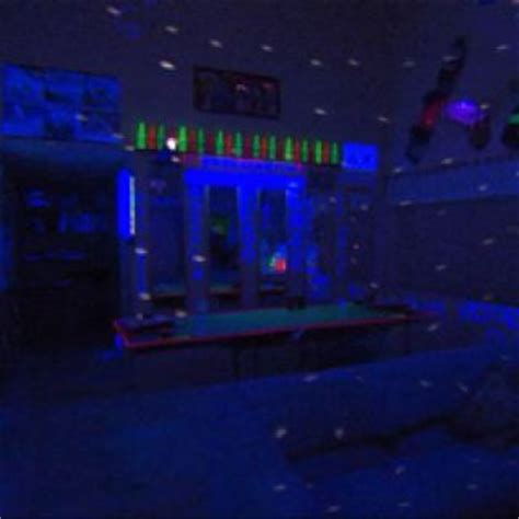 pictures of beautiful black light rooms black light glow in the dark room glitter and glow