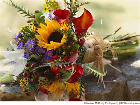 Wedding Bouquets Using Sunflowers by Autumn Sunflower Bouquet Ideas For A Budget Wedding