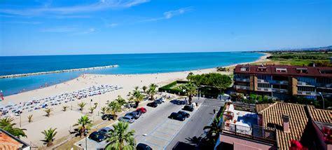 alberghi porto d ascoli hotel sul mare nelle marche hotel canguro