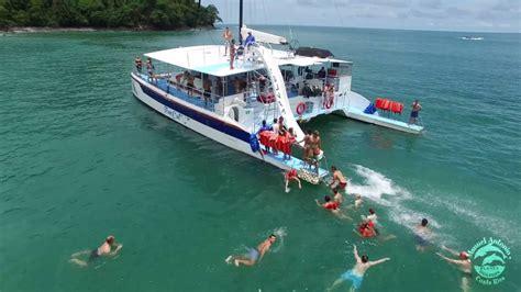 catamaran manuel antonio planet dolphin catamaran manuel antonio cr youtube