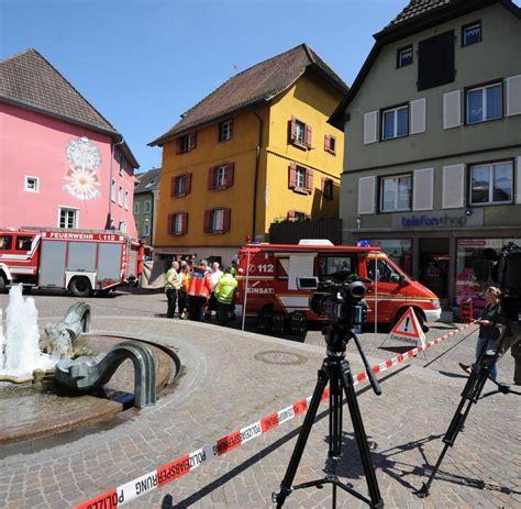 Auto Rast In Menschenmenge Schweiz by S 252 Ddeutschland Auto Rast In Menschenmenge Zwei Tote 19