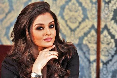 aishwarya rai bachchan bedroom shahrukh to aishwarya check out celebs and their