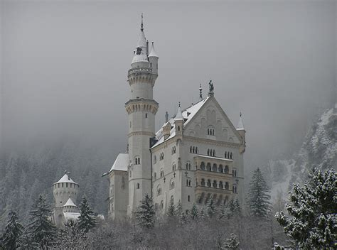 di neuschwanstein interni file di neuschwanstein jpg wikimedia commons