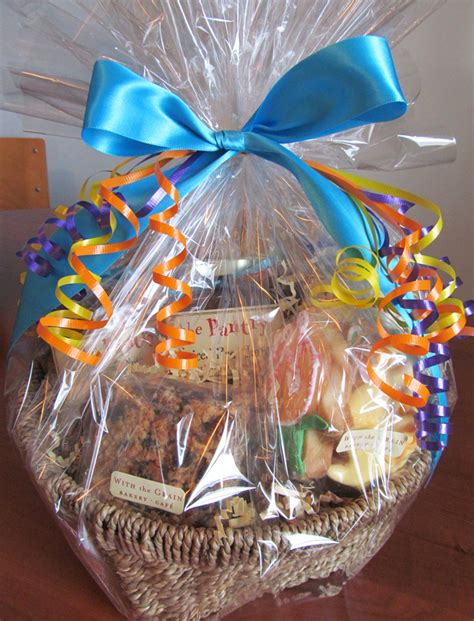 Decorated Baskets basket decorating ideas with ribbon myideasbedroom