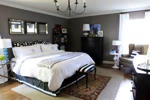 Bedroom decorating painted charcoal gray walls0white bedding black
