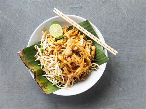 ricette cucina thai pad thai la ricetta thailandese delle tagliatelle la
