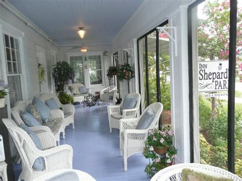 inn at the park bed breakfast bathtub reef is located about 12 minutes away on
