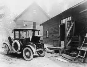 Detroit Electric Car History File Detroit Electric Car Charging Png Wikimedia Commons
