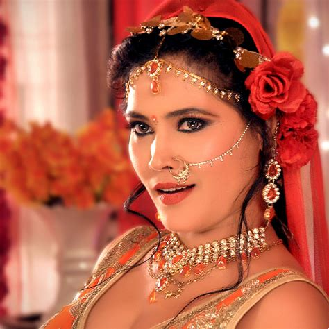 seema singh wiki wikipedia biography bhojpuri gallery