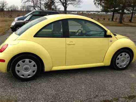 1999 volkswagen beetle yellow manual used car buy used yellow 1999 new beetle 1 owner stick shift 92 650 miles interior black gls in defiance