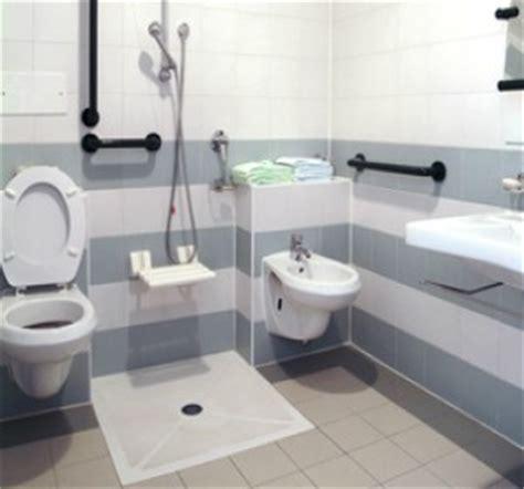 Chaise De Toilette Pour Handicapé by Normes Handicaps Wc Handicape Norme Cuvette Wc