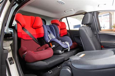 Kindersitz Auto Mitte by Kindersitz Test Limousinen Und Kombis Bilder Autobild De