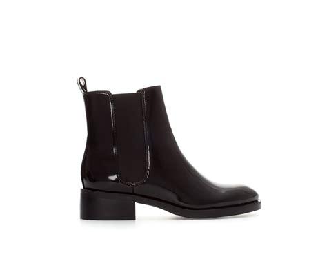 zara flat chelsea boot in black lyst