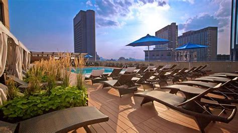 boston top bars colonnade rooftop bar in boston therooftopguide com