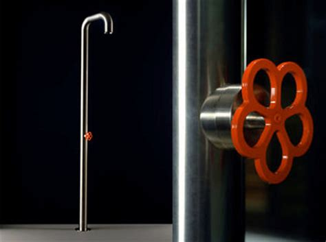 modern showers and creative shower heads