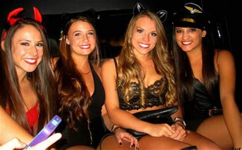 bachelor & bachelorette party limo hire cape town