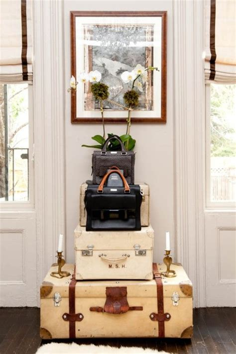 Decorating Ideas Using Suitcases Ethnic Cottage Decor Decorating With Vintage Luggage