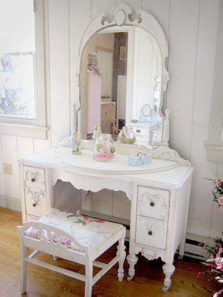 shabby chic vanity set 17 best ideas about shabby chic vanity on vintage vanity vanity set and pink vanity