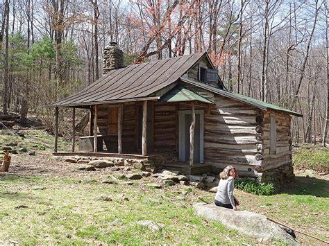 Cabin Shenandoah by Corbin Cabin Hike