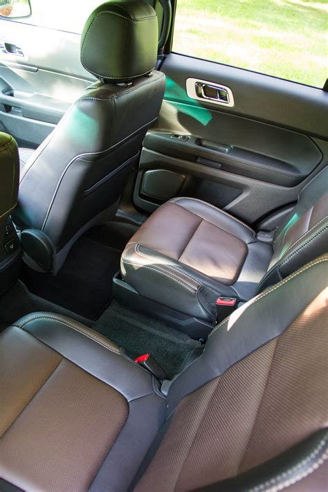 Ford Explorer Captains Chairs by 2015 Suvs With Captain Seats In 2nd Row Html Autos Post