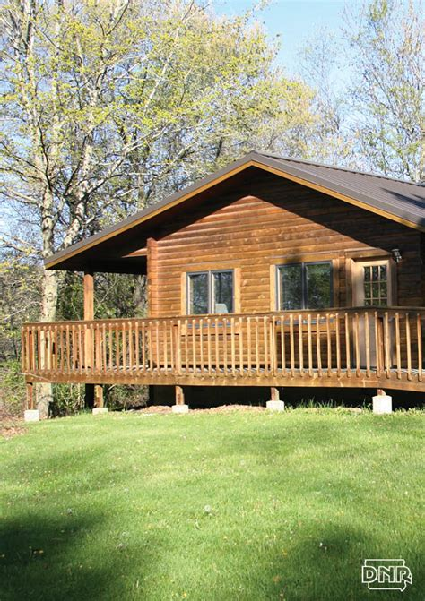 Cabins Iowa five reasons to rent an iowa state parks cabin in the season dnr news releases