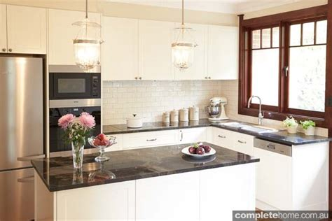 Htons Kitchen Design Whats In Fashion For 2014 Kitchens Post Federation Kitchen Sensation Completehome