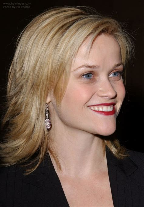 reese witherspoon sporting  choppy haircut  ends