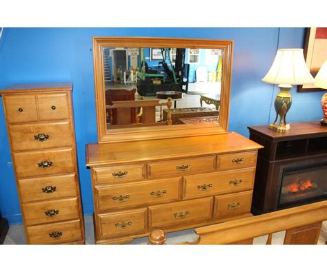 Canadian Made Bedroom Furniture Best - roxton made in canada solid maple 5pc bedroom suite 8