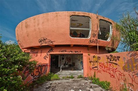 ufo house alien homes exploring the ruins of florida s abandoned ufo house alien ufo sightings
