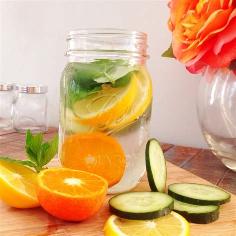 Detox Water Apple Orange Lemon by H2wow Detox And Infused Water Cus