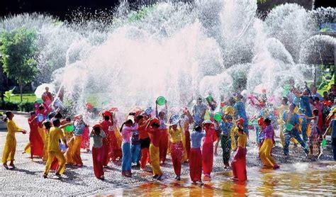 new year 2017 in thailand songkran water festival 2017 thai new year schedule