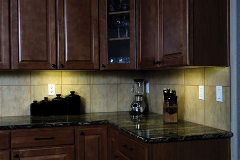 Undercabinet Kitchen Lighting Kitchen Cabinet Lighting For Cheaper Staging My Kitchen Interior Mykitcheninterior
