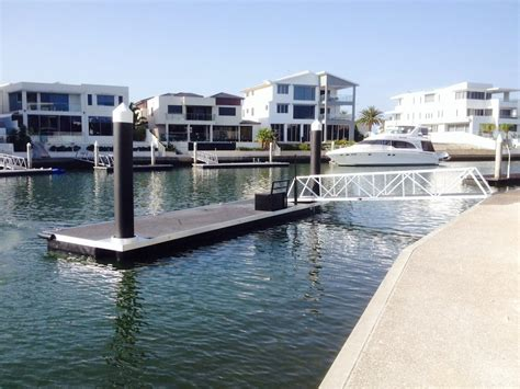 boat lift for sale gold coast pontoons piled pontoons strut pontoons cable