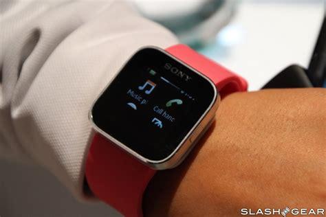 sony xperia smartwatch on slashgear