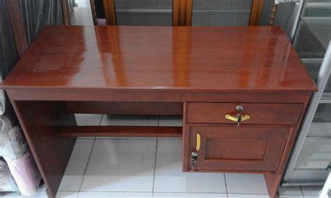 Meja Kayu Akasia jual meja kantor berbahan kayu akasia laju lancar