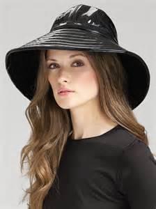 eric javits patent rain hat in black lyst