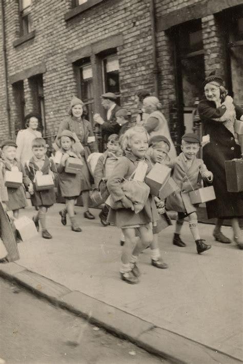 1000 images about worldwar2 evacuees fashion design on safety children