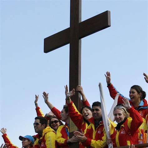imagenes jovenes catolicos arraigados en cristo creer para ver