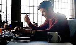 Flashes Oh The Humanity by The Flash Recap Quot Back To Normal Quot 2x19 The Fangirl