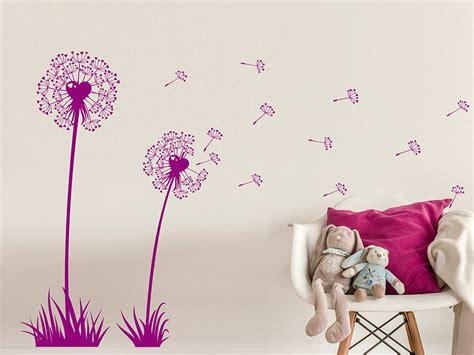 Wandtattoo Kinderzimmer Herzen by Wandtattoo S 252 223 E Pusteblumen Mit Herzen Bei Homesticker De