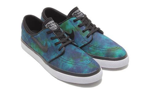 Sepatu Nike Airmax Zero Navy White harga nike sb stefan janoski black