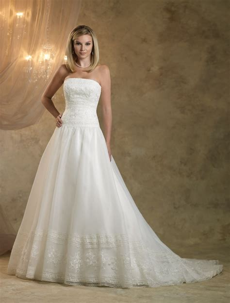 Looking For Wedding Dresses by Looking For Your Traditional Royal Wedding Dress
